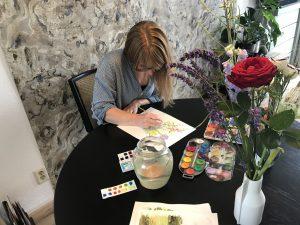 Linda Regeling schildert ansichtkaarten van karakteristiek Dedemsvaart